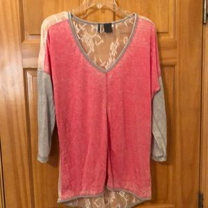 Tops - BKE pink&grey top with lace back